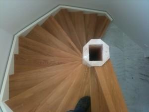Sexkantig trappa i lusthuset, Torslanda